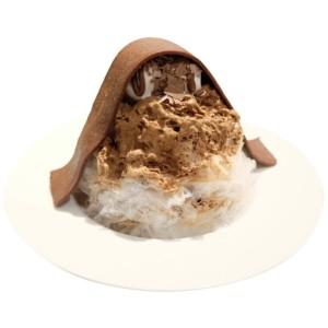 【期間限定】ボンヌカフェ十条店で 特大生チョコを載せたかき氷が今年もスタート!