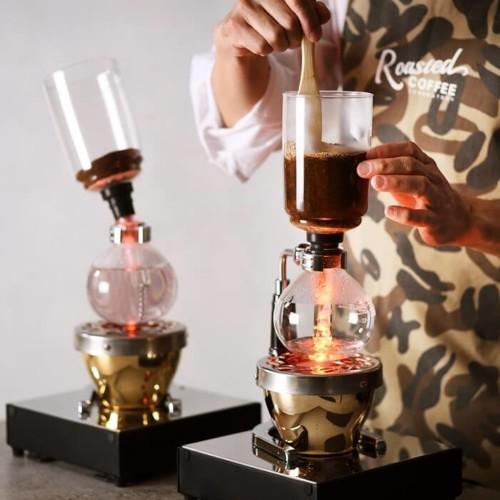 Roasted COFFEE LABORATORY 青山店 サイフォン