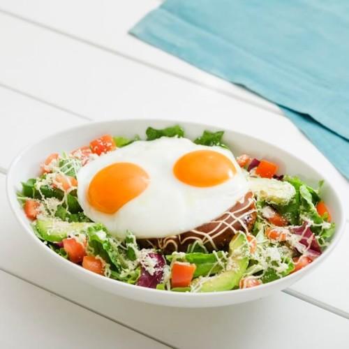 Eggs 'n Things(エッグスンシングス)新作メニュー『ロコ・モコサラダボウル』