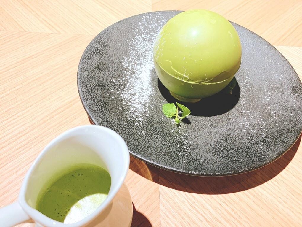 『伊勢茶の抹茶チョコドーム』