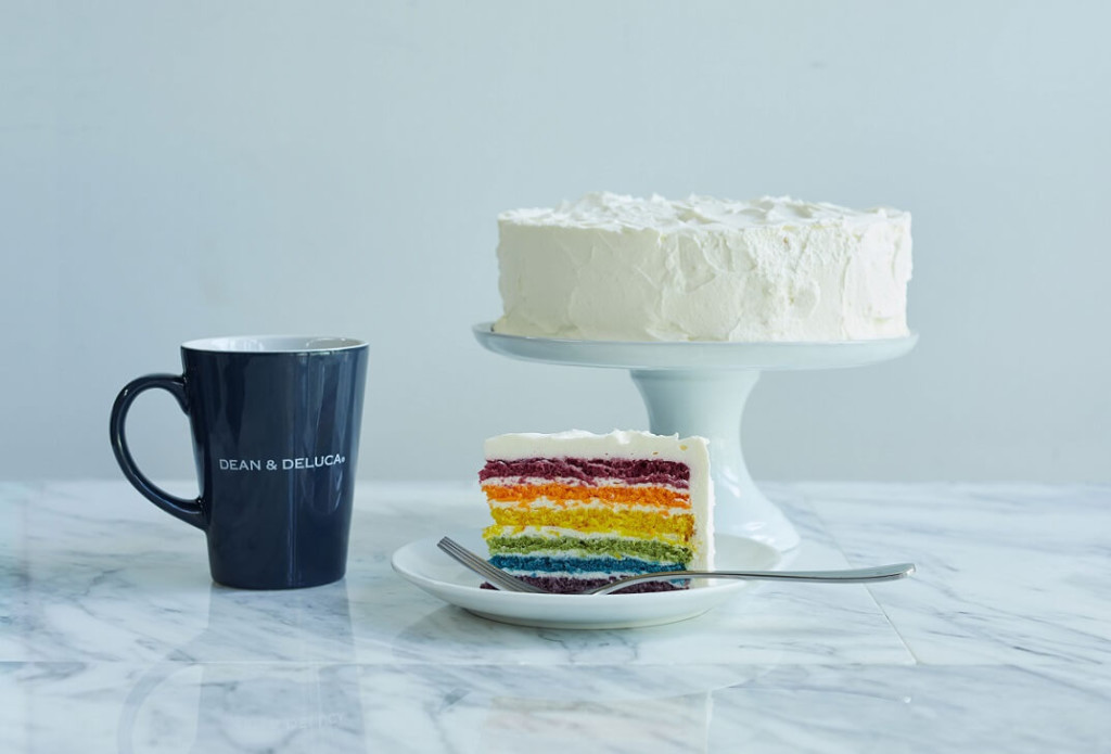【DEAN & DELUCA】カフェ 丸の内 レインボーケーキ