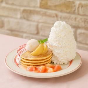 """Eggs 'n Thingsより""""桃尽くし""""のパンケーキ「白桃とヨーグルトソースのパンケーキ」が登場!"""
