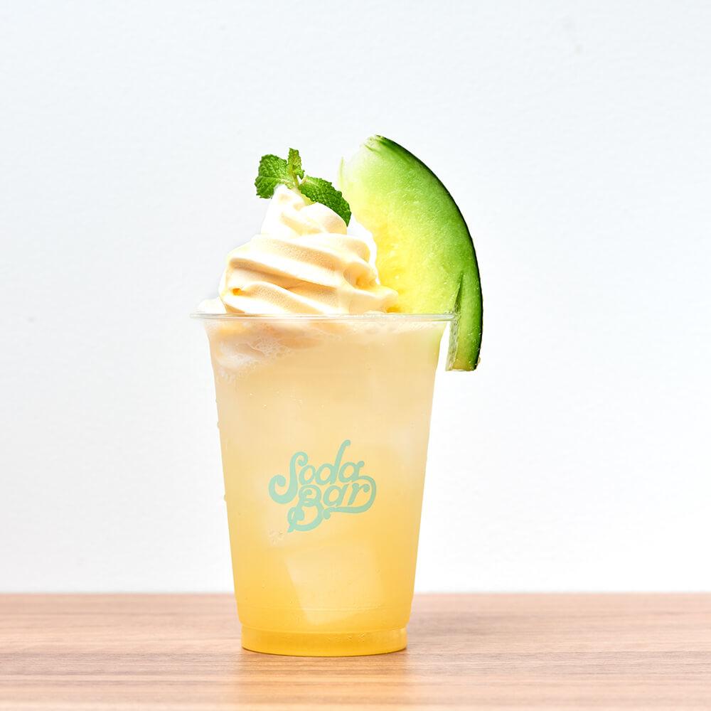 SODA BAR 大人のメロンクリームソーダ