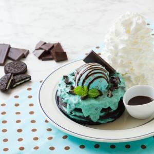 エッグスンシングス原宿店限定 チョコミントパンケーキ