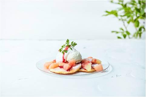 J.S. PANCAKE CAFE 夏のフェア 白桃とグレープフルーツのパンケーキ