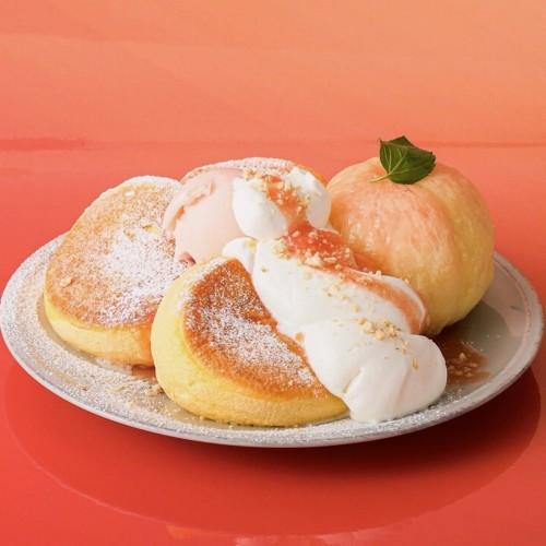 パンケーキ専門店「FLIPPER'S」奇跡のパンケーキ 白桃
