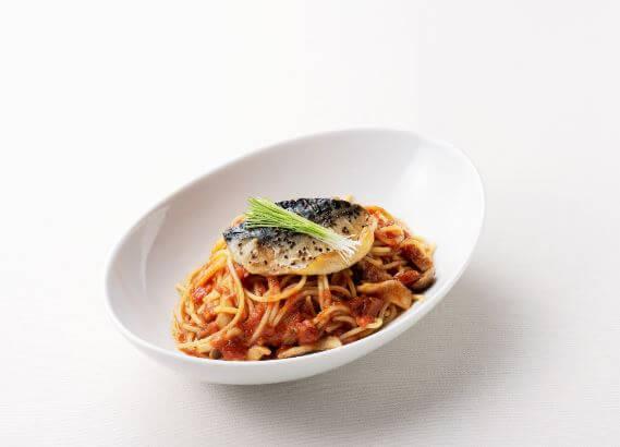 元町珈琲 鯖ときのこのトマトスパゲッティ