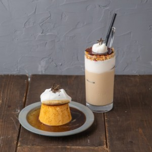 《#802 CAFE&DINER》いま話題のチーズクリームをプリンにのせた!進化系チーズプリン登場