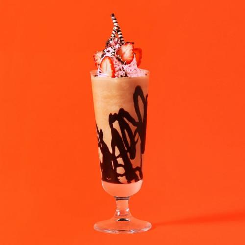 苺スイーツ専門店「STRAWBERRY PEEPS(ストロベリーピープス)」 ストロベリー×カカオニブのバレンタインミルクセーキ
