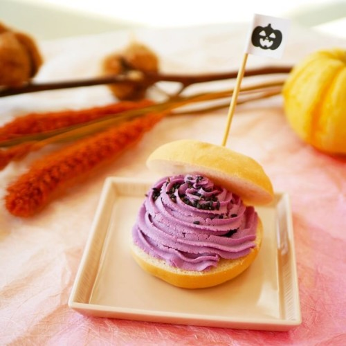 大三萬年堂HANARE 紫芋のどらぱん