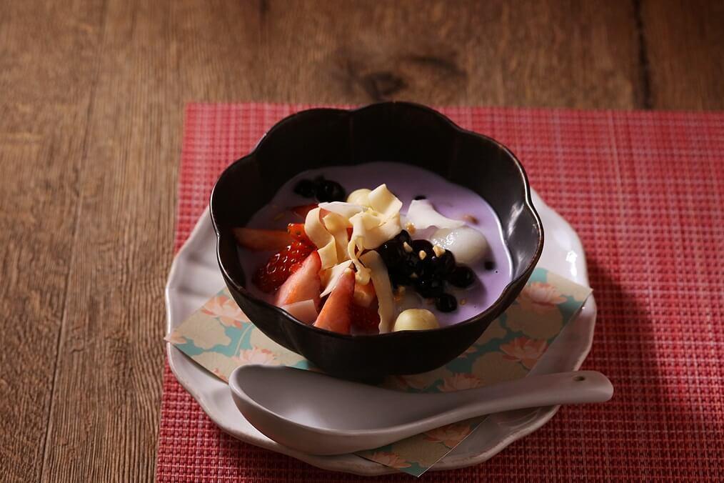 ベトナミーズ ティー&キッチン「HASU(ハス)」 いちごと紫芋のタピオカ入りチェー