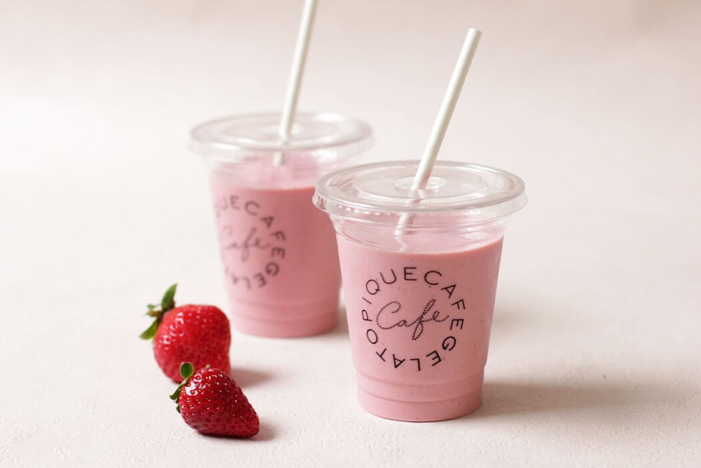 gelato pique cafe いちごスムージー
