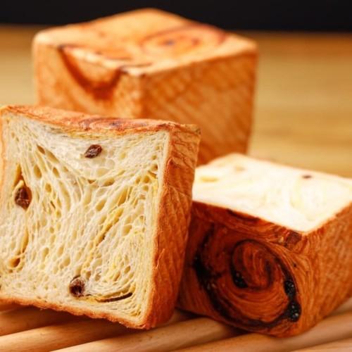 俺のEC クロワッサン食パン ラムレーズン