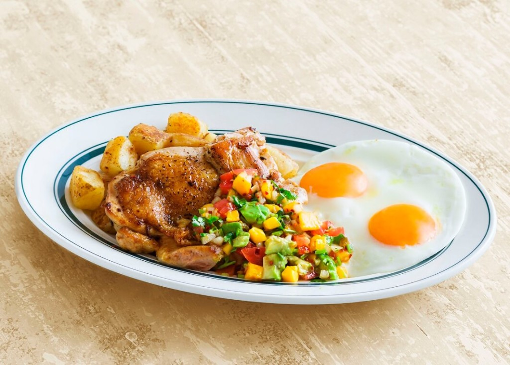 Eggs 'n Things マンゴーサルサチキン&エッグス