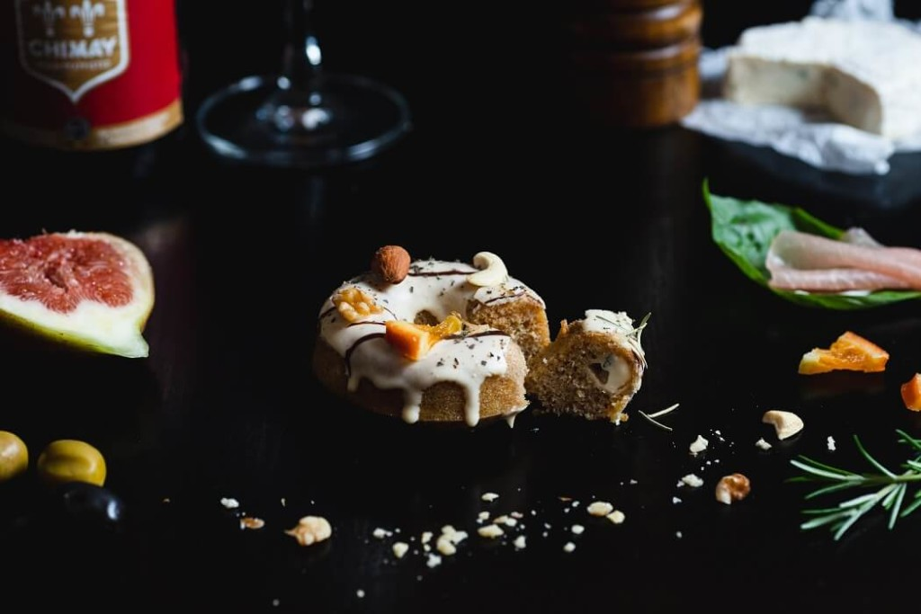 お花の焼きドーナツ専門店gmgm おつまみ焼きドーナツ 生ハムいちじく×ローズマリー