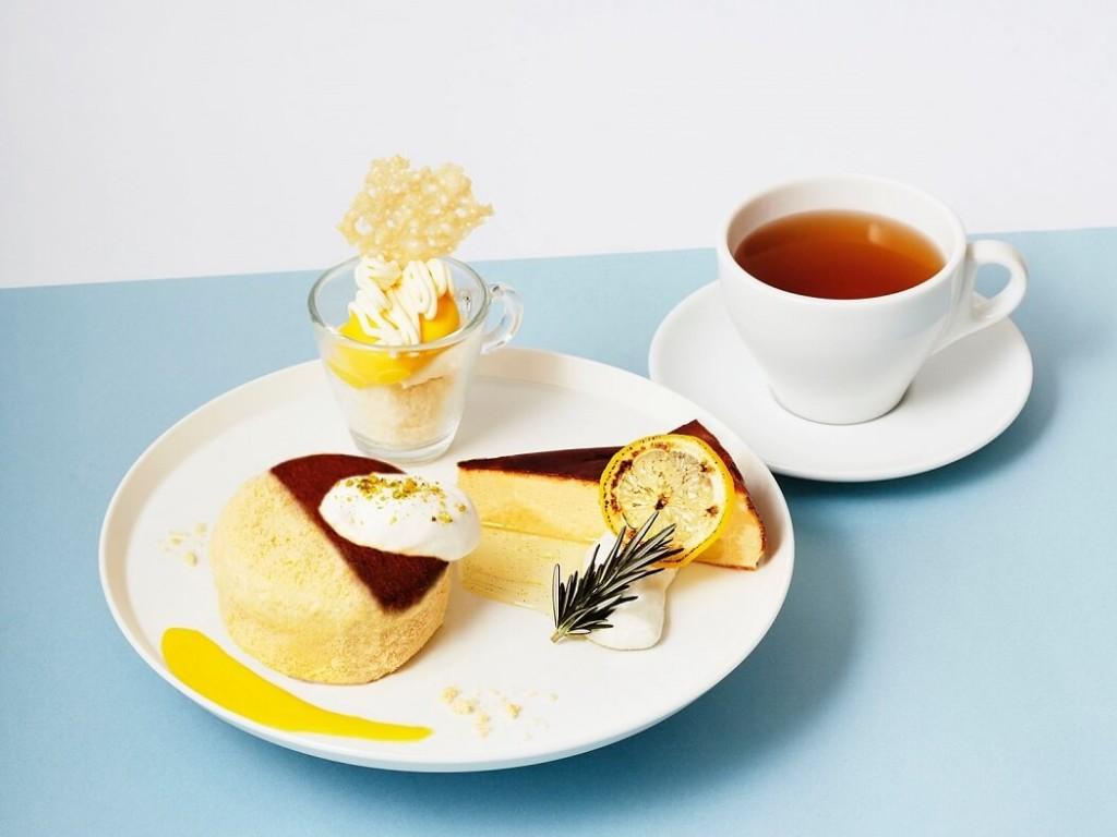 カフェ&ブックス ビブリオテーク北海道産チーズのチーズケーキ食べ比べプレート