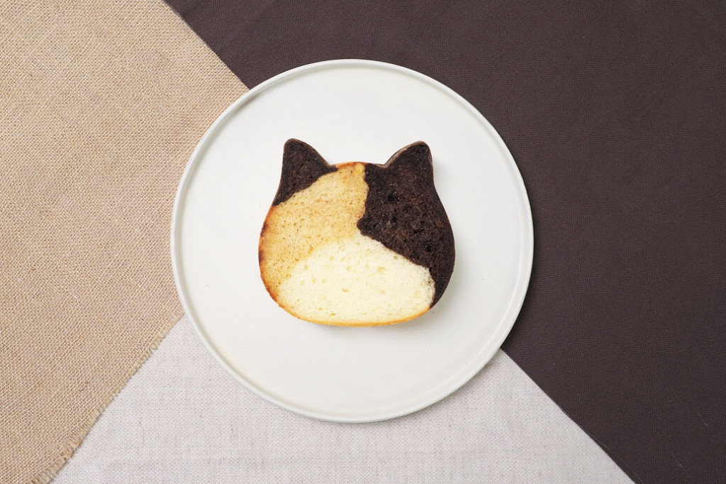 ねこねこ食パン 三毛猫
