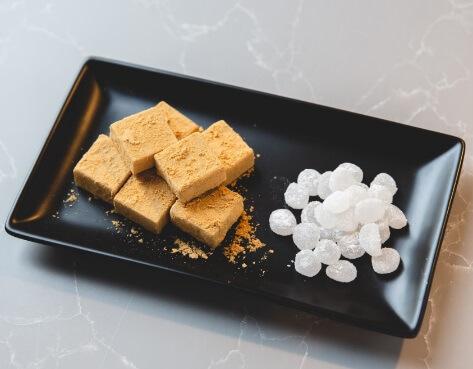 粒わらび餅ときな粉ジェラートパフェ