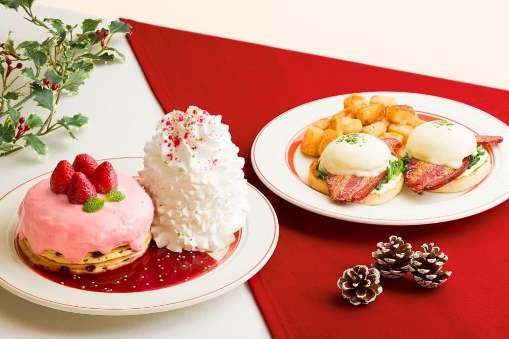 エッグスンシングス 『苺のクリスマスパンケーキ』『イベリコ豚のエッグスベネディクト』