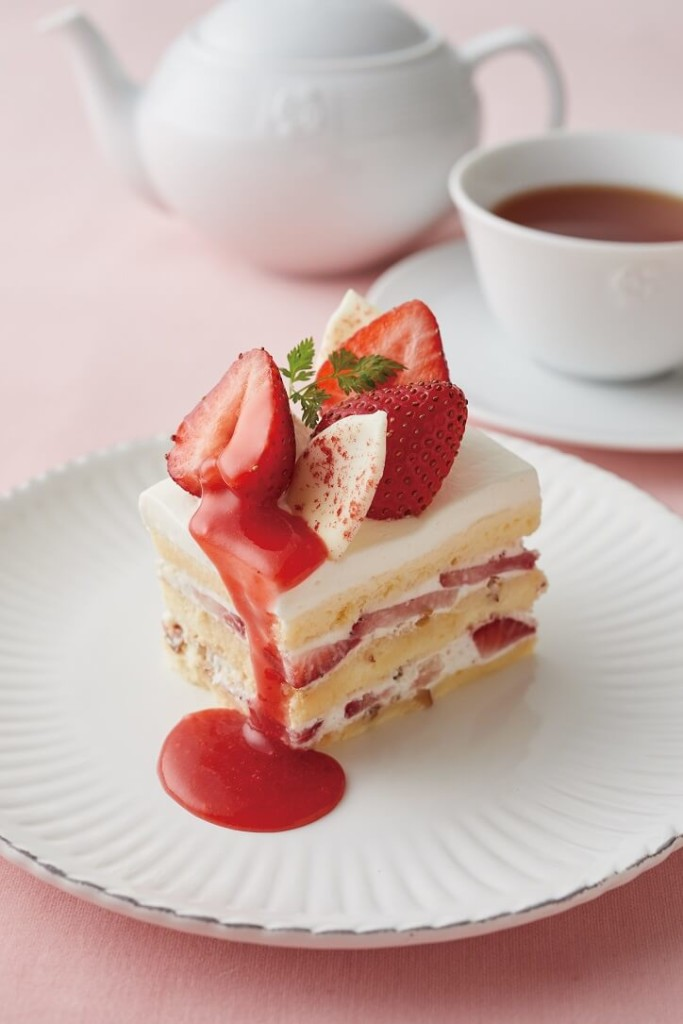 Afternoon Tea 苺とプラリネクリームのショートケーキ
