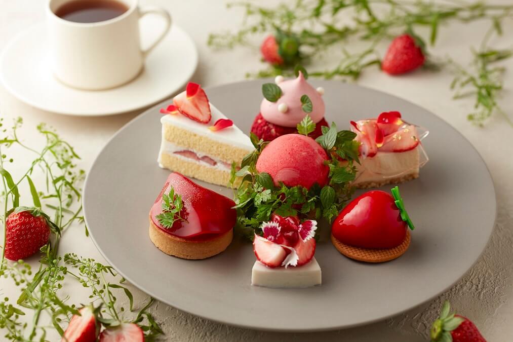 ハイアット セントリック 銀座 東京 Strawberry Fields Cake Set