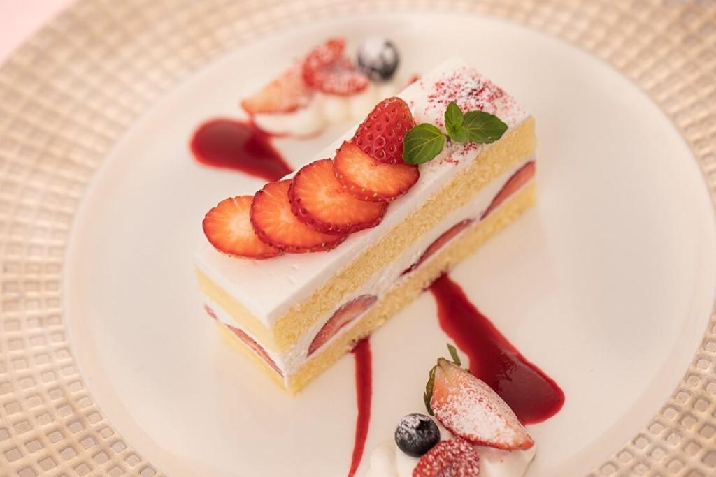 丸ノ内ホテル ストロベリーのショートケーキ