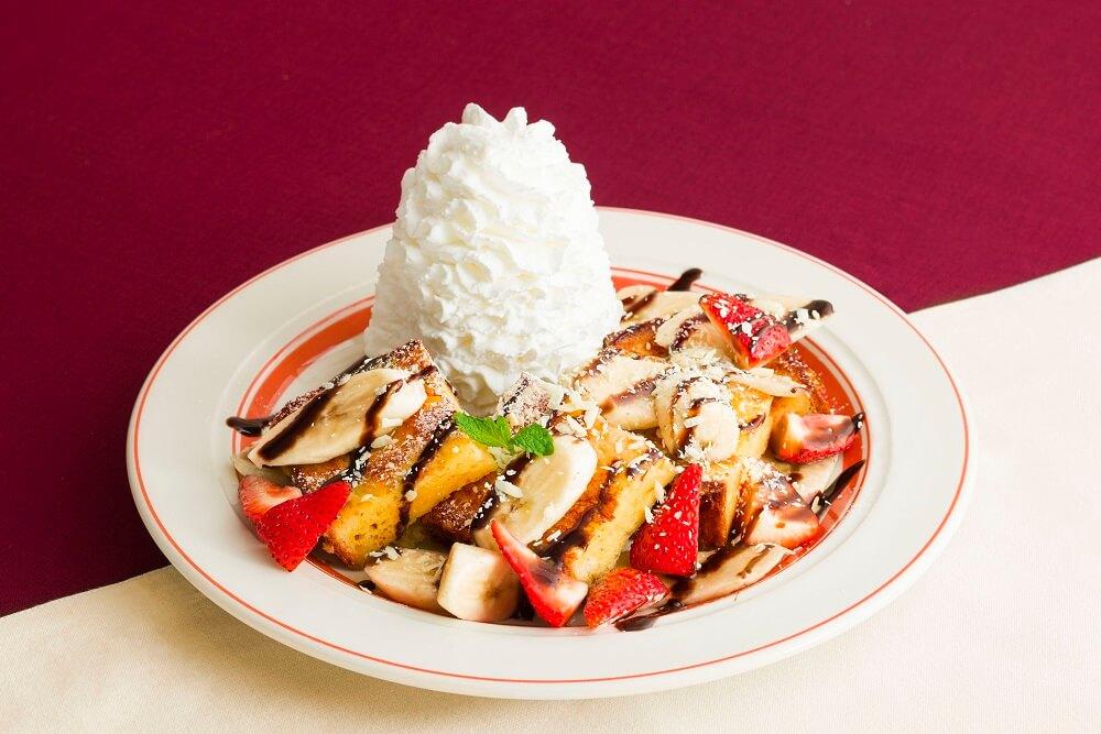 エッグスンシングス ストロベリー&バナナチョコ・フレンチトースト
