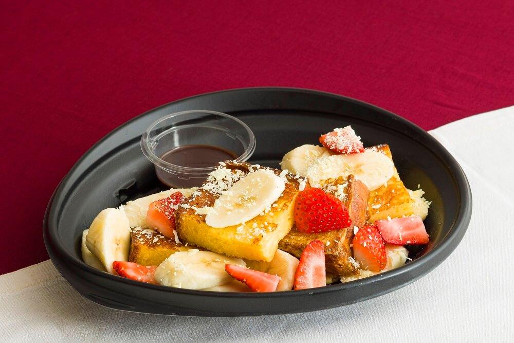 エッグスンシングス ストロベリー&バナナチョコ・フレンチトースト テイクアウト