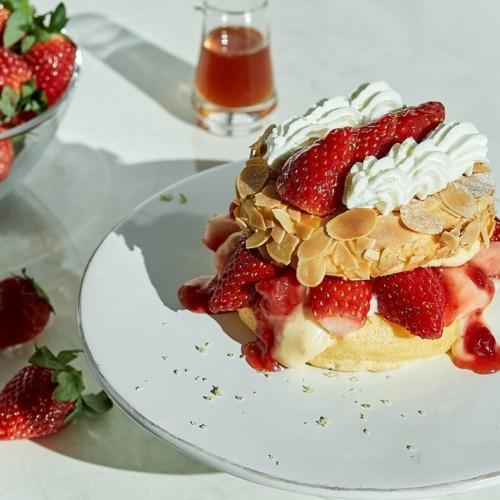 フリッパーズ 『奇跡のパンケーキ いちごのミルフィーユ』