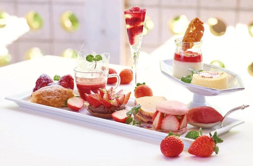 キハチ 苺デザート9種盛り合わせプレート
