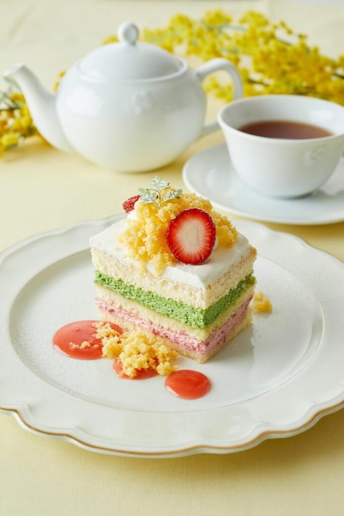 アフタヌーンティー・ティールーム ピスタチオとベリーのミモザショートケーキ