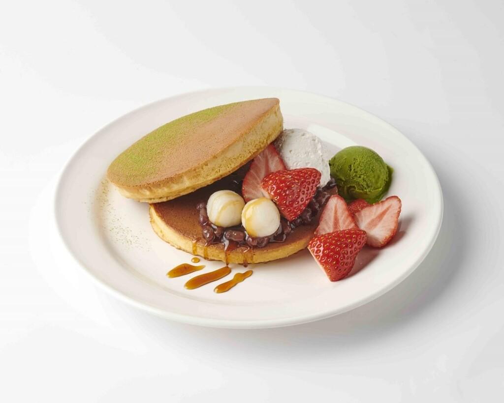 珈琲館 苺と小豆のホットケーキ