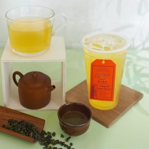 フルーツティー専門店「LaTREE 果茶果酒」「金萱茶」と「四季春茶」