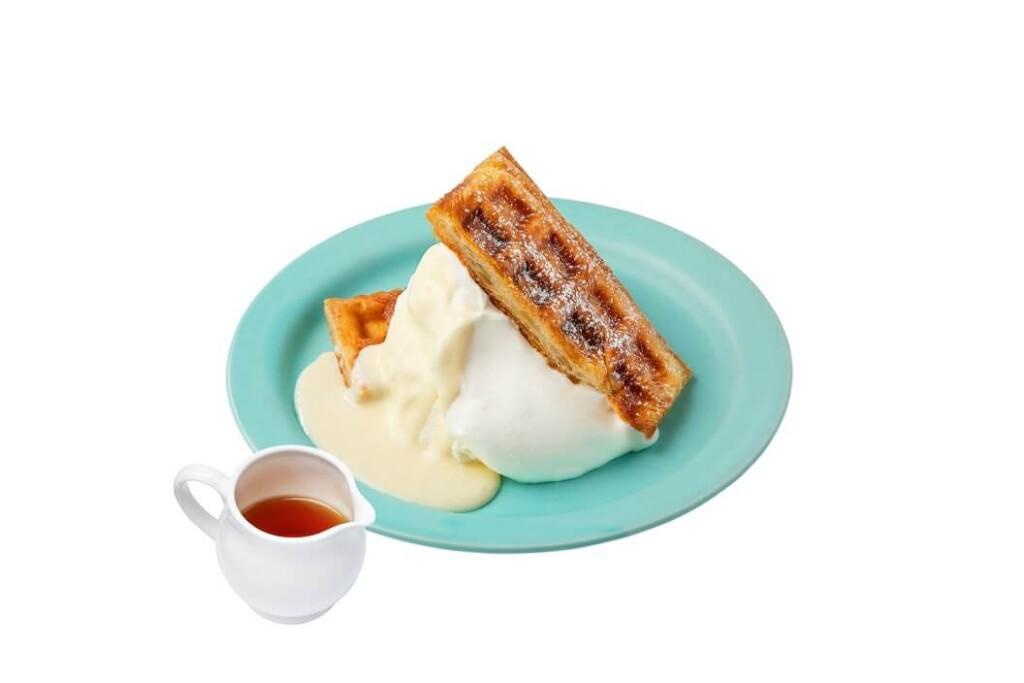 横浜スパゲティand Cafe たっぷりメープルのプレーンクロッフル