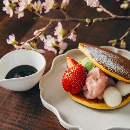 AKOMEYA食堂 どら焼きパンケーキ 抹茶と桜あん