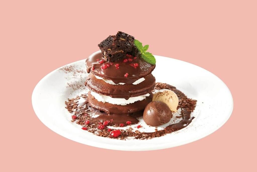 デニーズ GODIVA チョコレートパンケーキ
