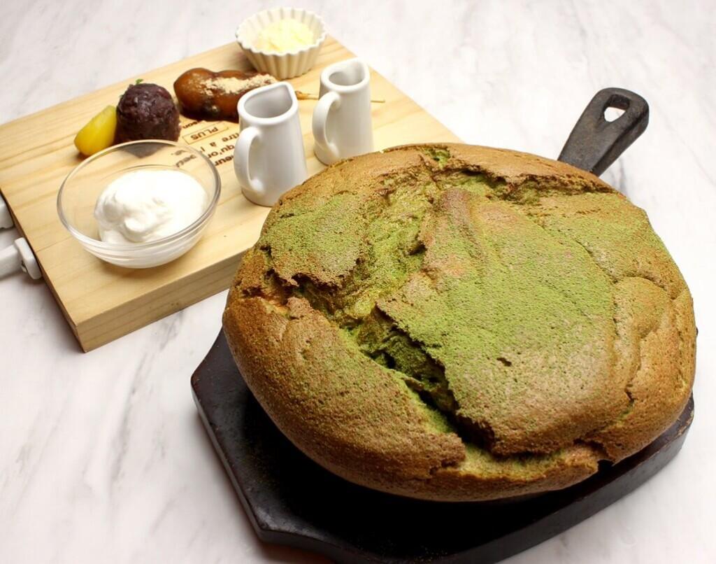 OMATCHA SALON 抹茶とみたらし団子の台湾カステラパンケーキ
