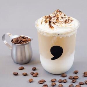 【新作】コンマティーでほろ苦いこだわりのコーヒークリームベースに ミルクをたっぷりと注いだ「アフォガートラテ」発売!