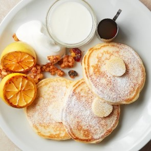 「J.S. PANCAKE CAFE」レモン&ヨーグルトパンケーキ