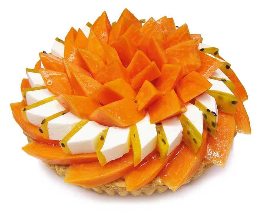 カフェコムサ 宮崎県産「完熟パパイア」とパッションフルーツのケーキ
