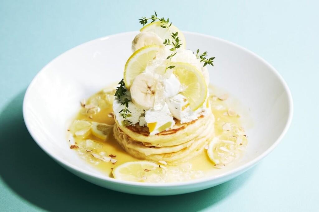 J.S. PANCAKE CAFE レモンとサマーフルーツアイスのパンケーキ