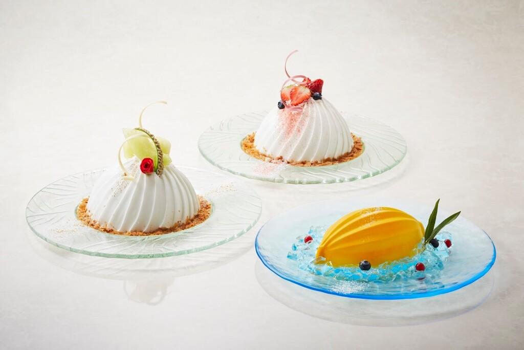 ロイヤルパークホテル スノードームケーキ