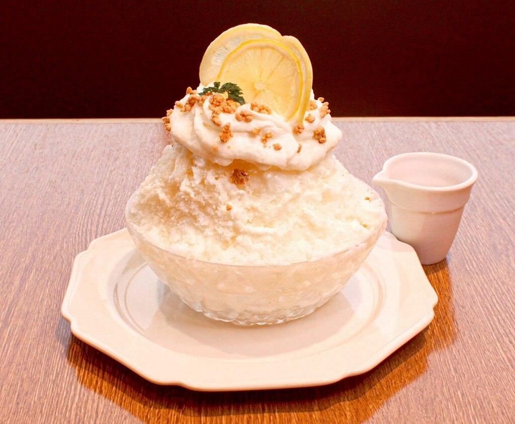 CHEESE CRAFT WORKS レアチーズのはちみつレモンかき氷