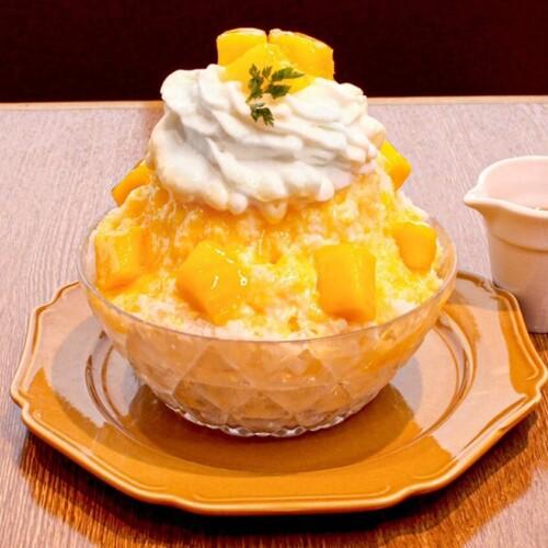 CHEESE CRAFT WORKS レアチーズのマンゴーかき氷