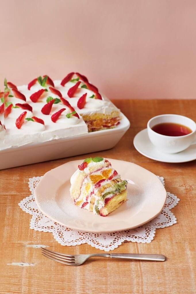 Afternoon Tea LOVE&TABLE たっぷりフルーツのトライフルショートケーキ