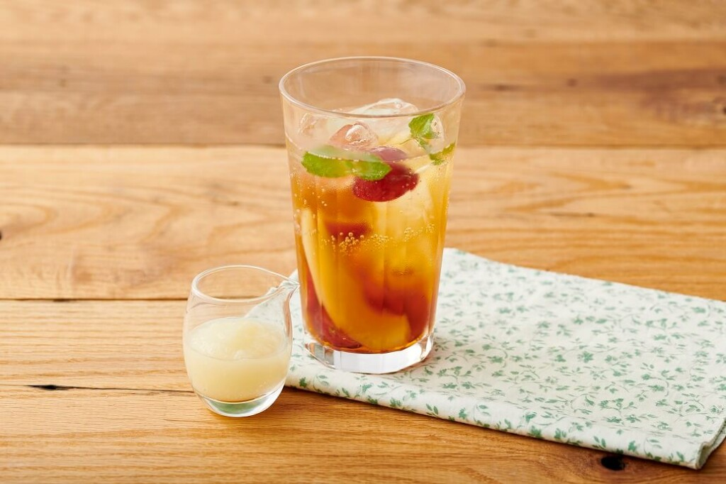 Afternoon Tea TEAROOM ぶどうと洋梨のラ・フランスティーソーダ