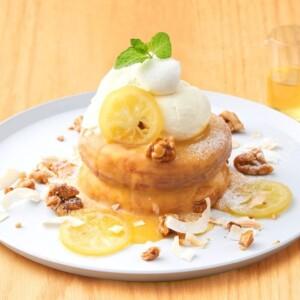 【期間限定】ビブリオテークで夏らしいさっぱりな「レモン&ココナッツのパンケーキ」発売!
