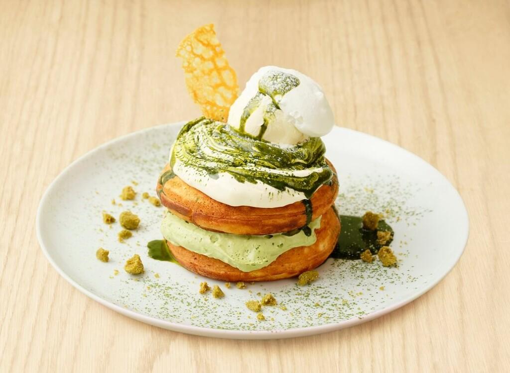 ビブリオテーク福岡 福岡産八女茶とマスカルポーネクリームのパンケーキ
