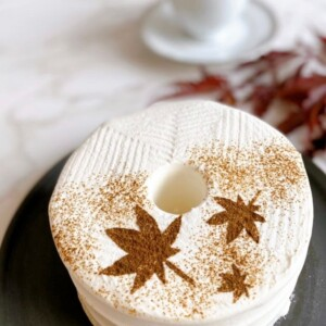 This is CHIFFON CAKE. 紅茶 紅葉