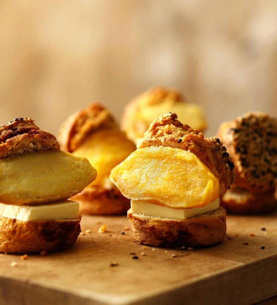 ベイカーズゴナベイク 焼き芋バタースコーンサンド 鹿児島県産みつ姫と発酵バター